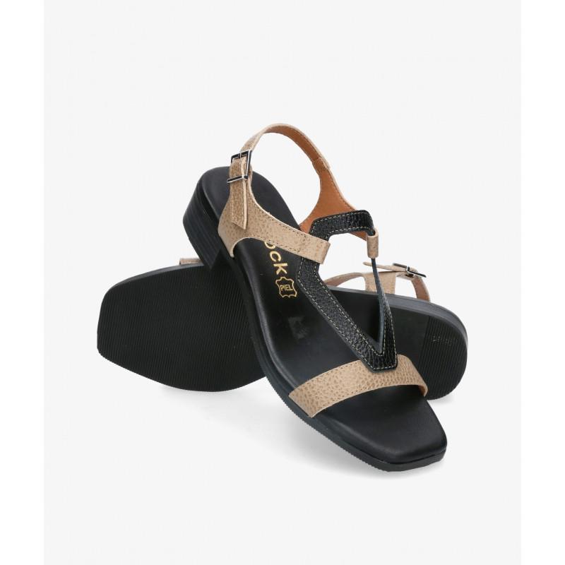 Zapatos y Salones Hispanitas en negro