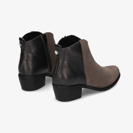 Ankle boots Traveris in grey