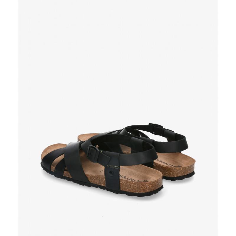 Zapatos casual Traveris en marrón