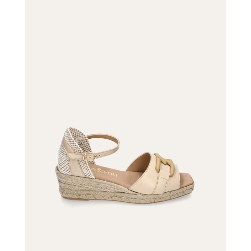 Zapatos y Salones Stephen Allen en camel