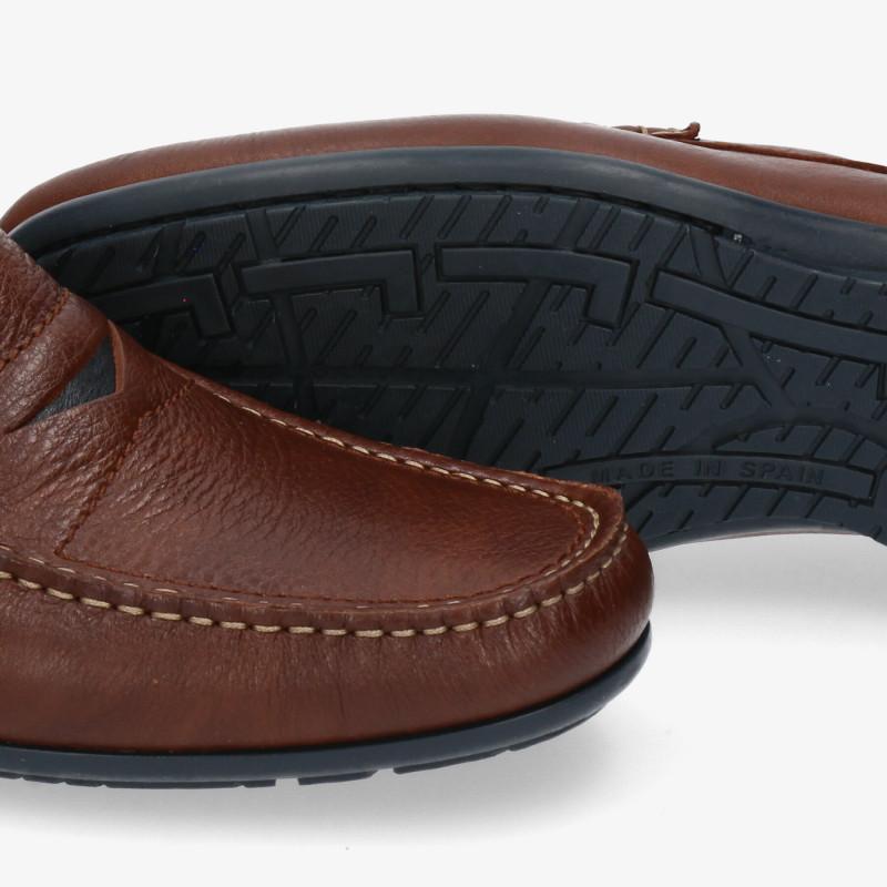Zapatos y Salones Stephen Allen en negro