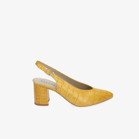 cd45cbf4b25 Zapatos y Salones Stephen Allen en amarillo