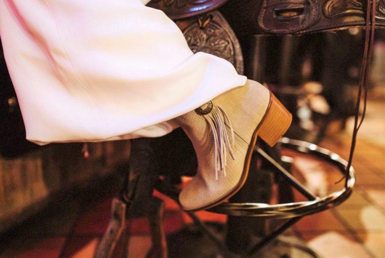 botas cowboy serraje taupe de Traveris
