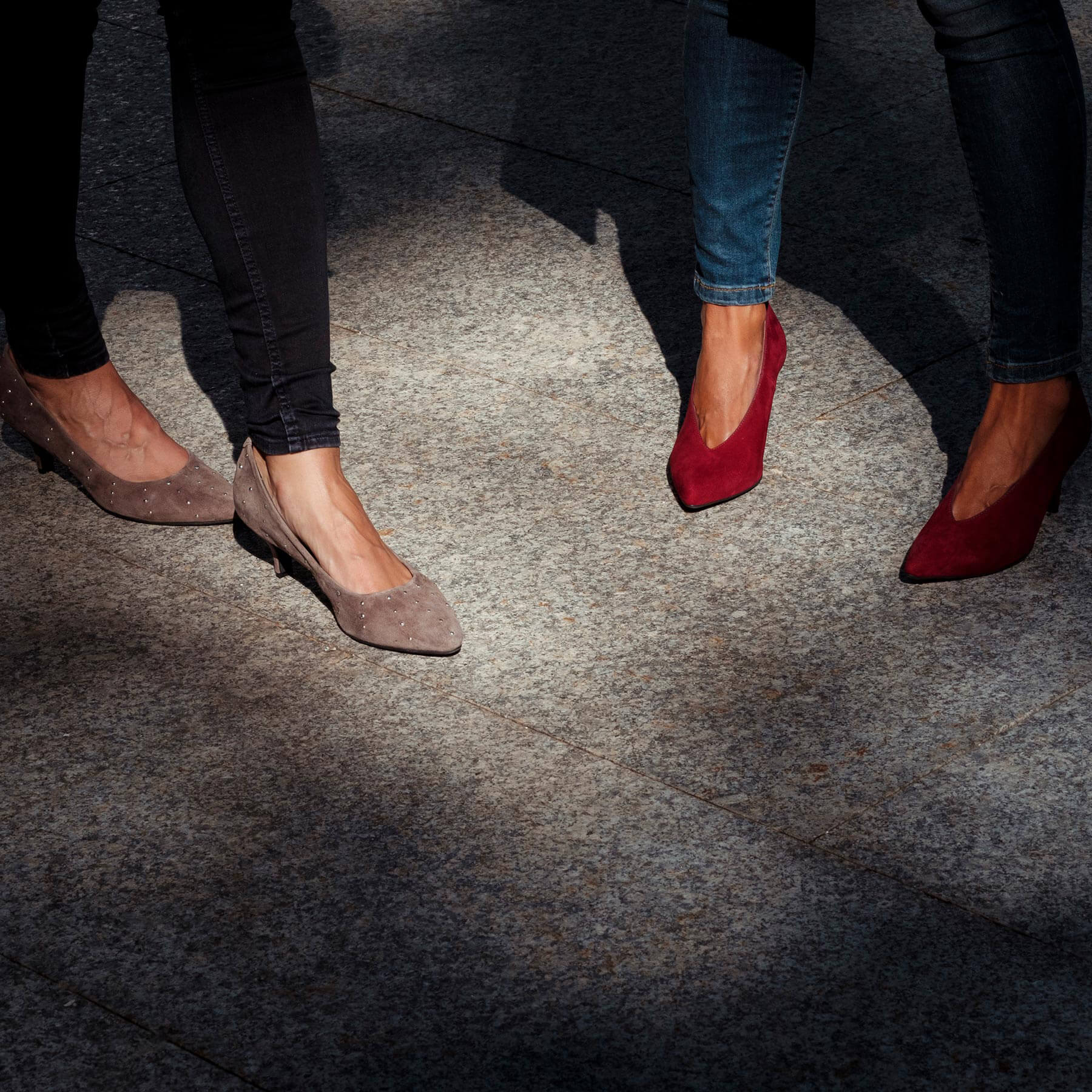zapatos salones para looks navideños